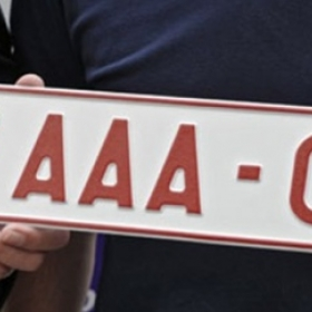 Autoplaten Danick Ronse